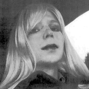 Military approves hormone therapy for Chelsea Manning