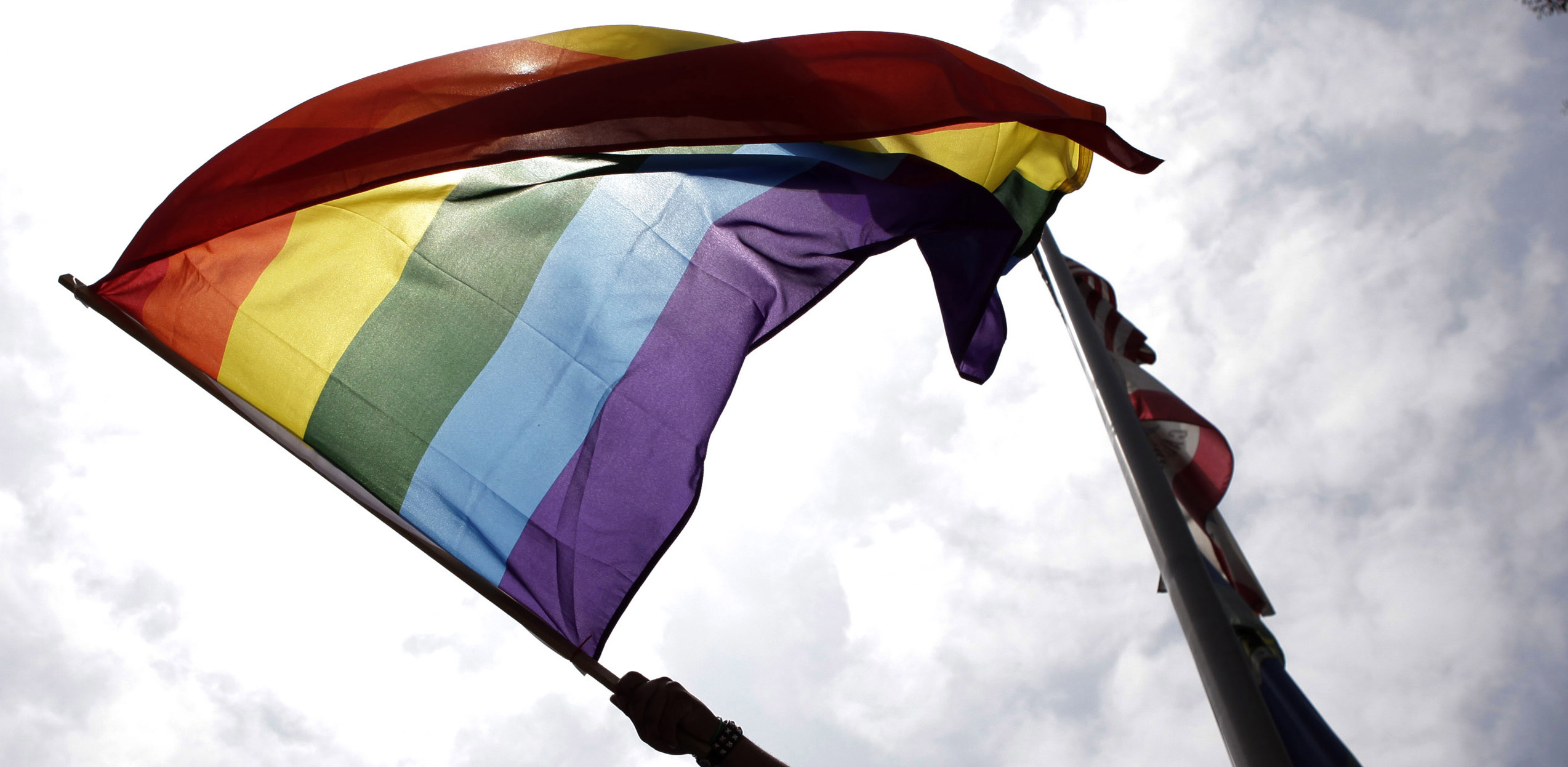 Poll: Record-high 6 in 10 Americans support gay marriage